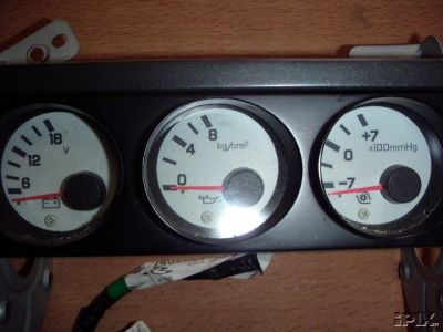 s15 factory boost gauge for a s14 i have the wiring diagram for this unit but you have to buy a z32 oil pressure sensor for the oil pressure gauge to work properly